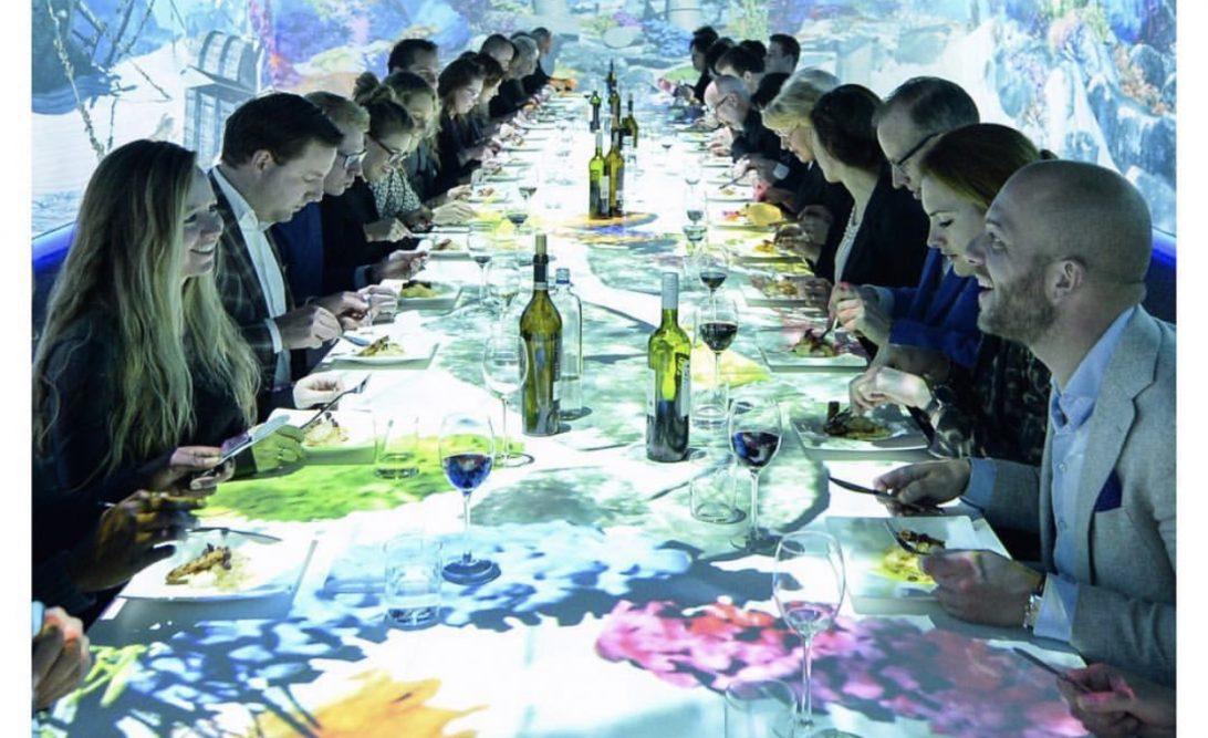 Table dinner in motion