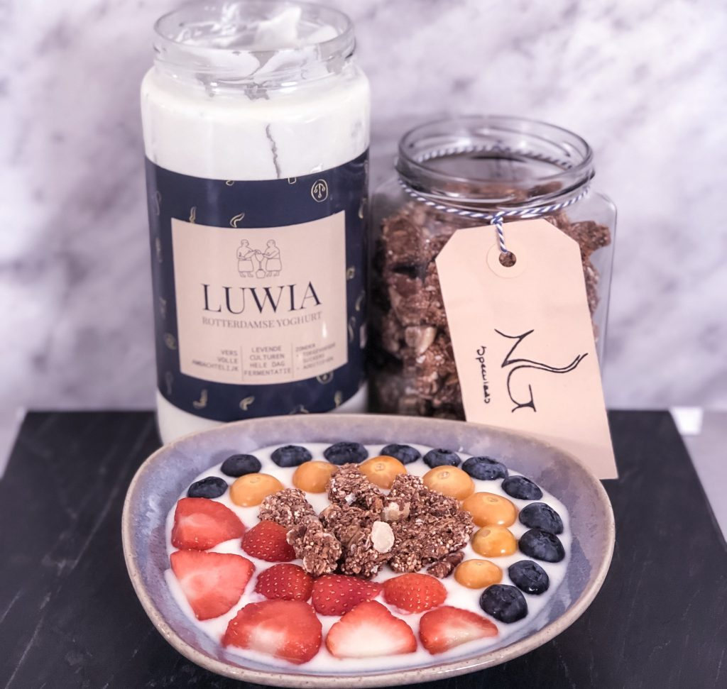 Luwia & Naturally granola
